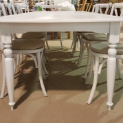 "40"" x 104"" French Country in Cottage White with Turned Leg"